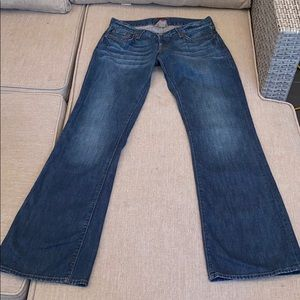 Lucky Brand Jeans size 6/28 lil Maggie jeans